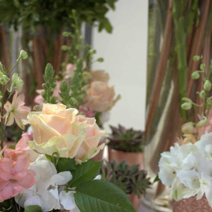 Blumen Tischdekoration für eine Messe in Düsseldorf