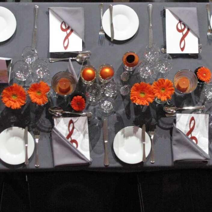 Tischdekoration mit Gerbera