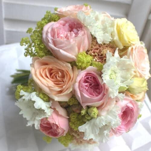 Brautstrauß mit Englischen Rosen - Hochzeitsfloristik für Ihre Hochzeit in Düsseldorf