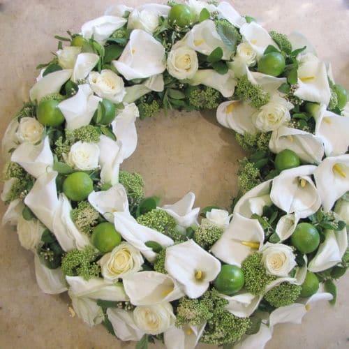 K1-Trauerkranz-mit-Calla-Blüten
