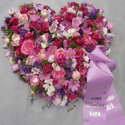 K12-Herz-für-eine-Beerdigung