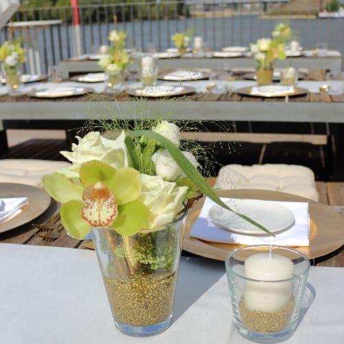 3 Tischdekoration mit Orchideen - Blüten