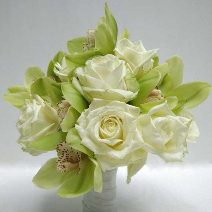 Brautstrauß-mit-Orchideen